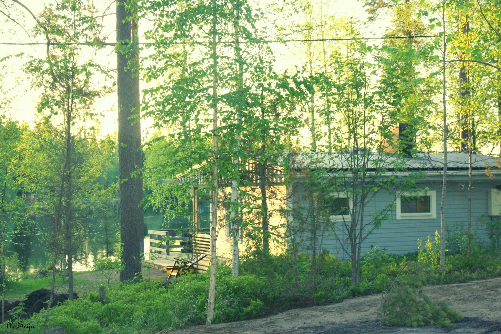 Hevonkuusi: Lahmajärvi, Urjala